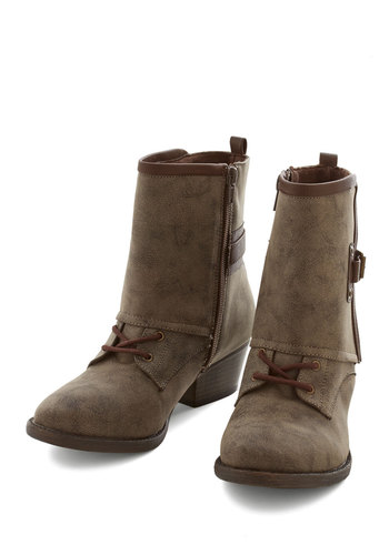 Wait for the Kicker Boot - Faux Leather, Brown, Solid, Buckles, Exposed zipper, Military, Good, Casual, Safari