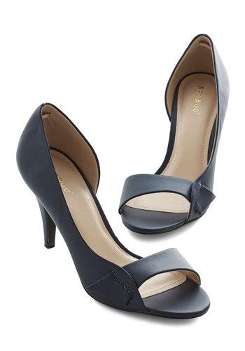 Instant Elegance Heel in Navy