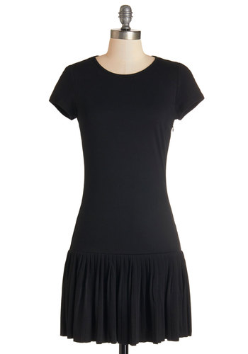 Step Out to the Cafe Dress - Black, Solid, Cutout, Casual, Drop Waist, Fall, Knit, Good, Scoop, Pleats, Short Sleeves