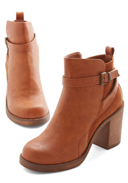 Stride and Chic Bootie