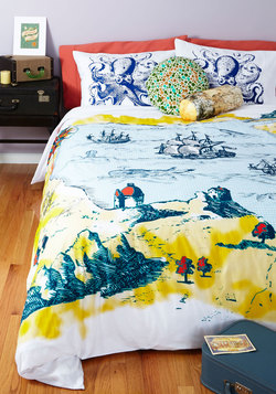 Coastal Cliffs Duvet Cover in Full/Queen
