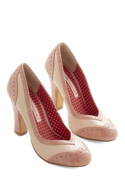 Editor's Choice Heel in Blush