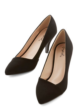 Enthrall in a Day's Work Heel in Black