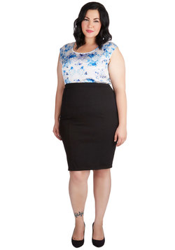 Style Essential Skirt in Black - Plus Size