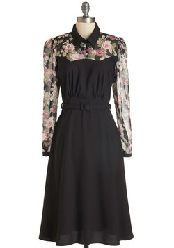 Cheery Cordial Dress in Long Sleeves - Black