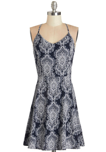 Pottery Professional Dress - Blue, White, Print, Casual, Beach/Resort, A-line, Woven, Good, V Neck, Mid-length, Spaghetti Straps