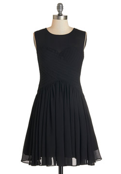 Flair Game Dress in Black