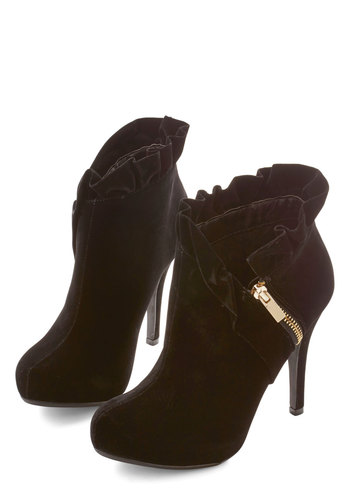 You Haute to Know Heel in Black