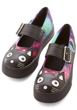Cat Fashion - Kitty Leader Flat