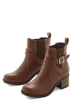 Crisscrossing the City Boot