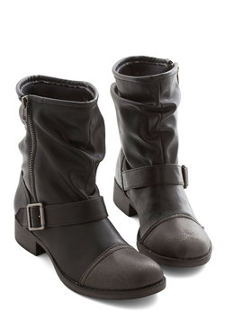 Effortless Edge Boot