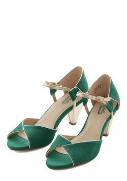 Curiosity Heel in Emerald