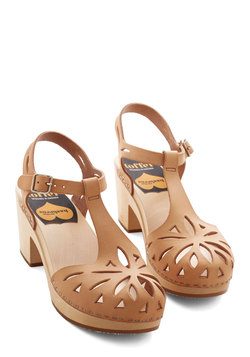 Cutout For Anything Heel in Tan