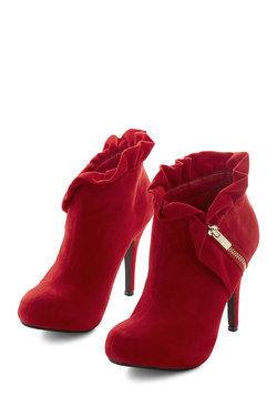 You Haute to Know Heel in Scarlet
