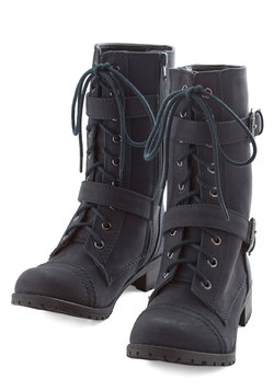 Cabin There, Done That Boot