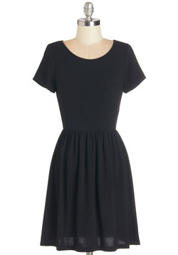 Tranquil Afternoon Dress in Black