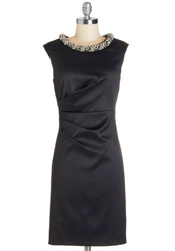 1950s Cocktail Dresses: Sheath, Circle Skirt Styles