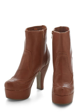 Stay or Go-Go Bootie