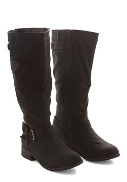 Give It Your Best Trot Boot in Black