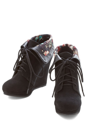 Telluride a Story Bootie in Black