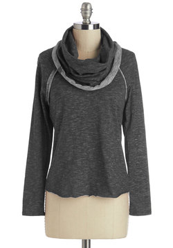 Restful Weekend Top in Charcoal