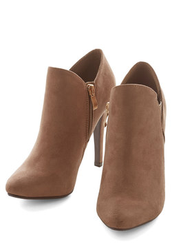 Strut and Stroll Bootie in Taupe
