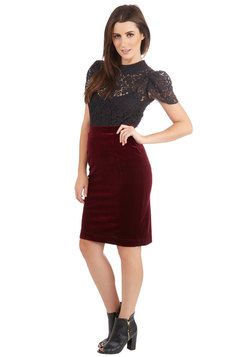Inspire Yourself Skirt in Merlot
