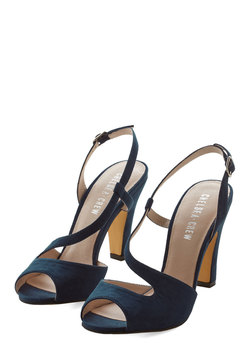 Luxe Who's Here Heel in Midnight