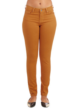 Front Row Fashionista Jeans in Mustard