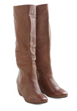 Versatile Vibe Boot