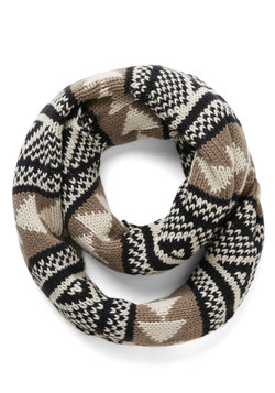 Bring Around the Cozy Scarf in Black