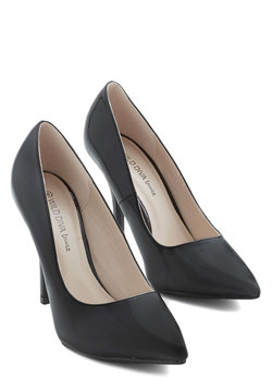 Redefine Refinement Heel in Patent Black