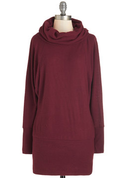 Grace Against the Clock Sweater in Maroon