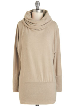 Grace Against the Clock Sweater in Latte