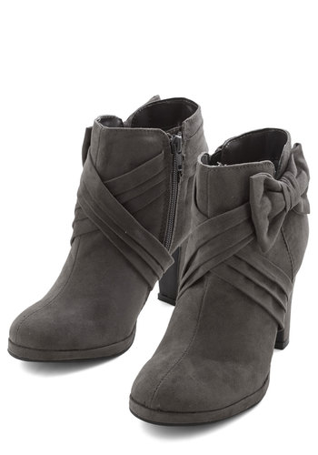 Strut the Strut Bootie in Charcoal - Mid, Grey, Solid, Bows, Good, Faux Leather, WPI, Gals