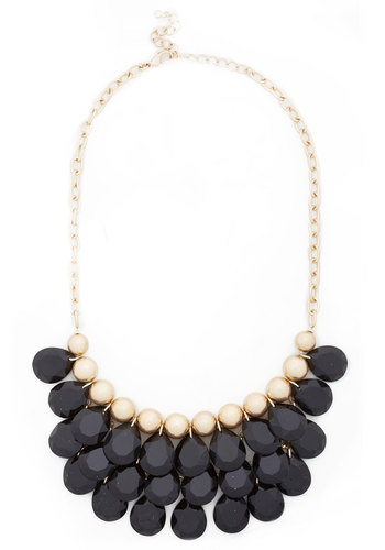 Dazzling Dame Necklace in Black