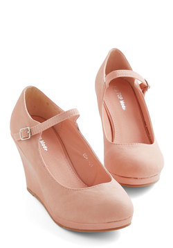 Who Neutral? Wedge in Blush