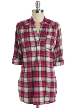 Bonfire Stories Tunic in Scarlet Plaid