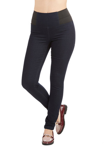 Stride and Go Sleek Jeans in Dark Wash - Denim, Blue, Solid, Pockets, Girls Night Out, Rockabilly, Vintage Inspired, High Waist, Skinny, Good, Ultra High Rise, Dark Wash, Full length, Blue, Casual, Denim, Fall