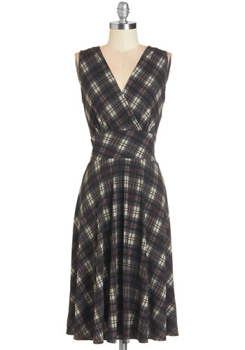 Weekend Getaway Dress in Plaid