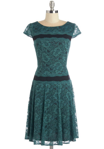 Womens 1920s Style Dresses and Clothing