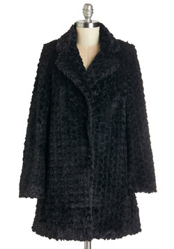 Ladies Fur-st Coat in Black