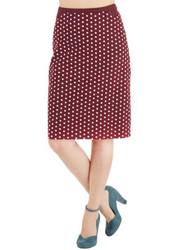 Connoisseur of the Moment Skirt in Zinfandel