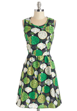 The Lady Brunch Dress in Ornaments