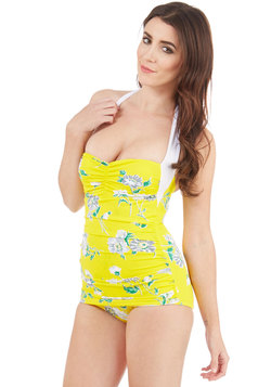 Coupe of Tea One-Piece Swimsuit in Daisy