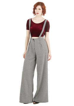 Conference Room Coffee Pants in Houndstooth