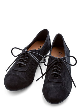 Carefree Choreography Flat in Black