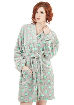 Relaxed to the Max Robe