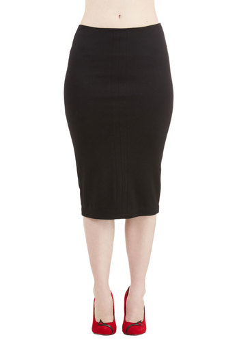 Professional Opinion Skirt in Black