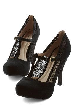 Gander at Glamour Heel in Black